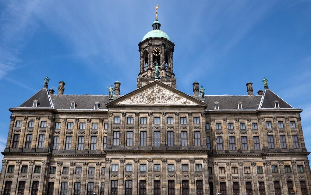 Amsterdam Kraliyet Sarayı