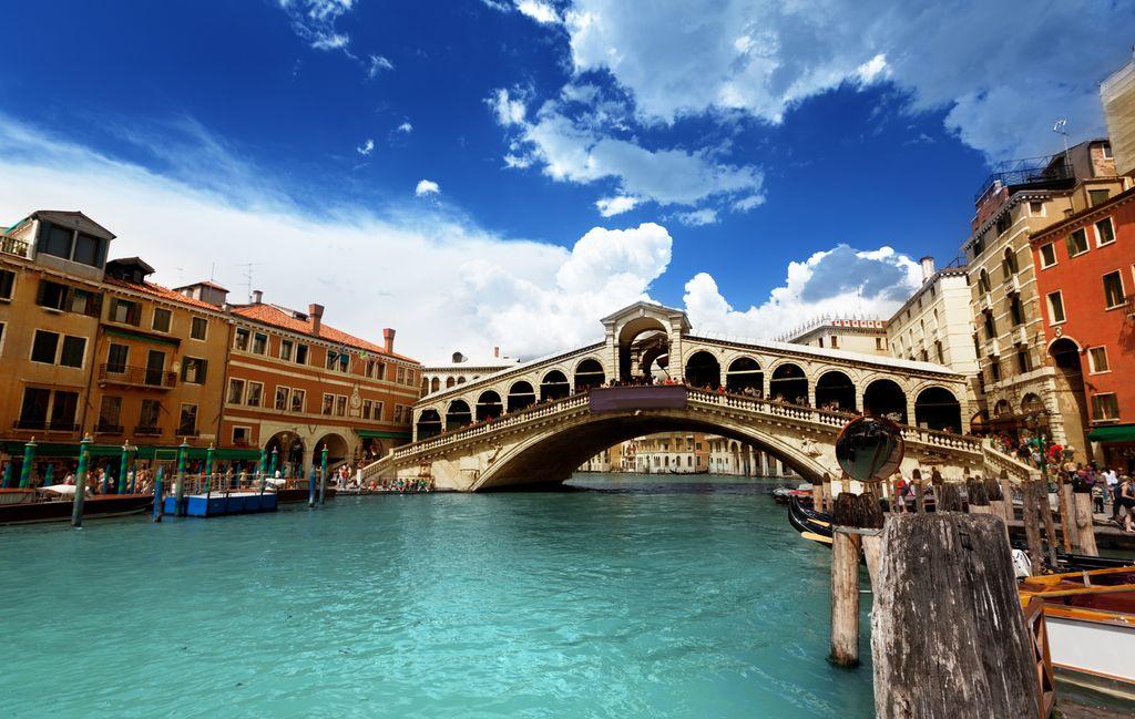 Rialto Köprüsü – Venedik
