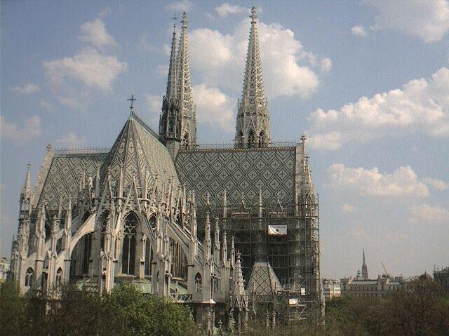 votiv kilisesi 1