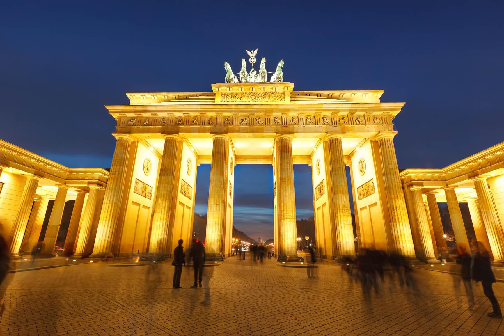 berlin brandenburg kapısı