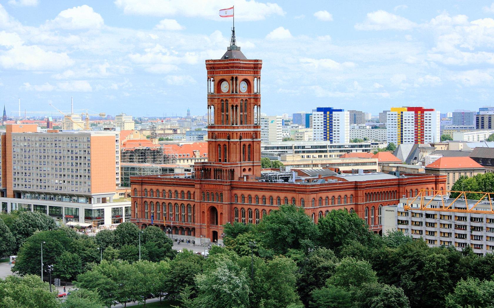 berlin belediye binası