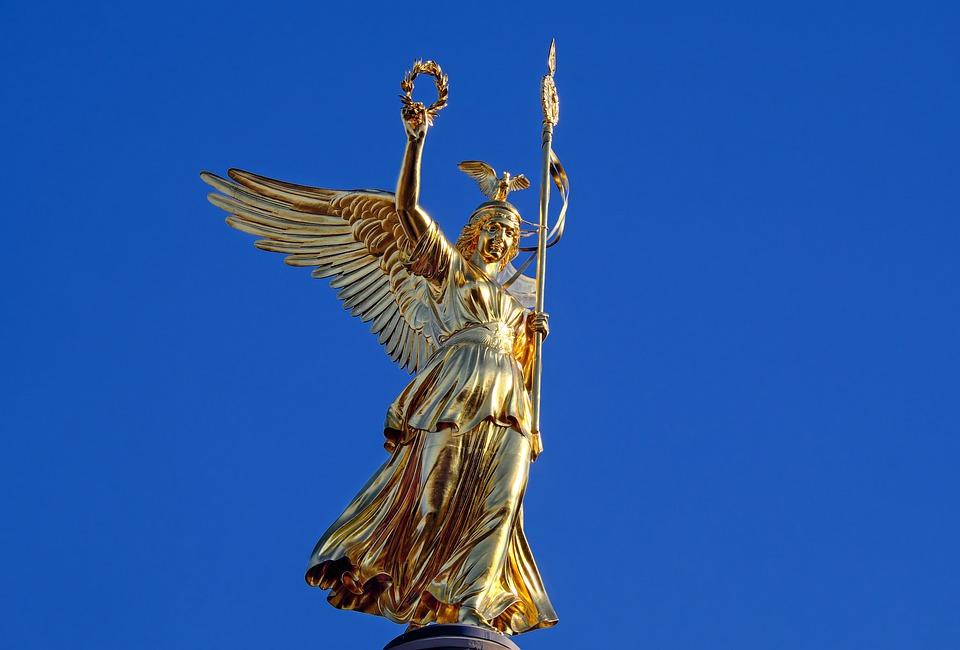 berlin zafer anıtı